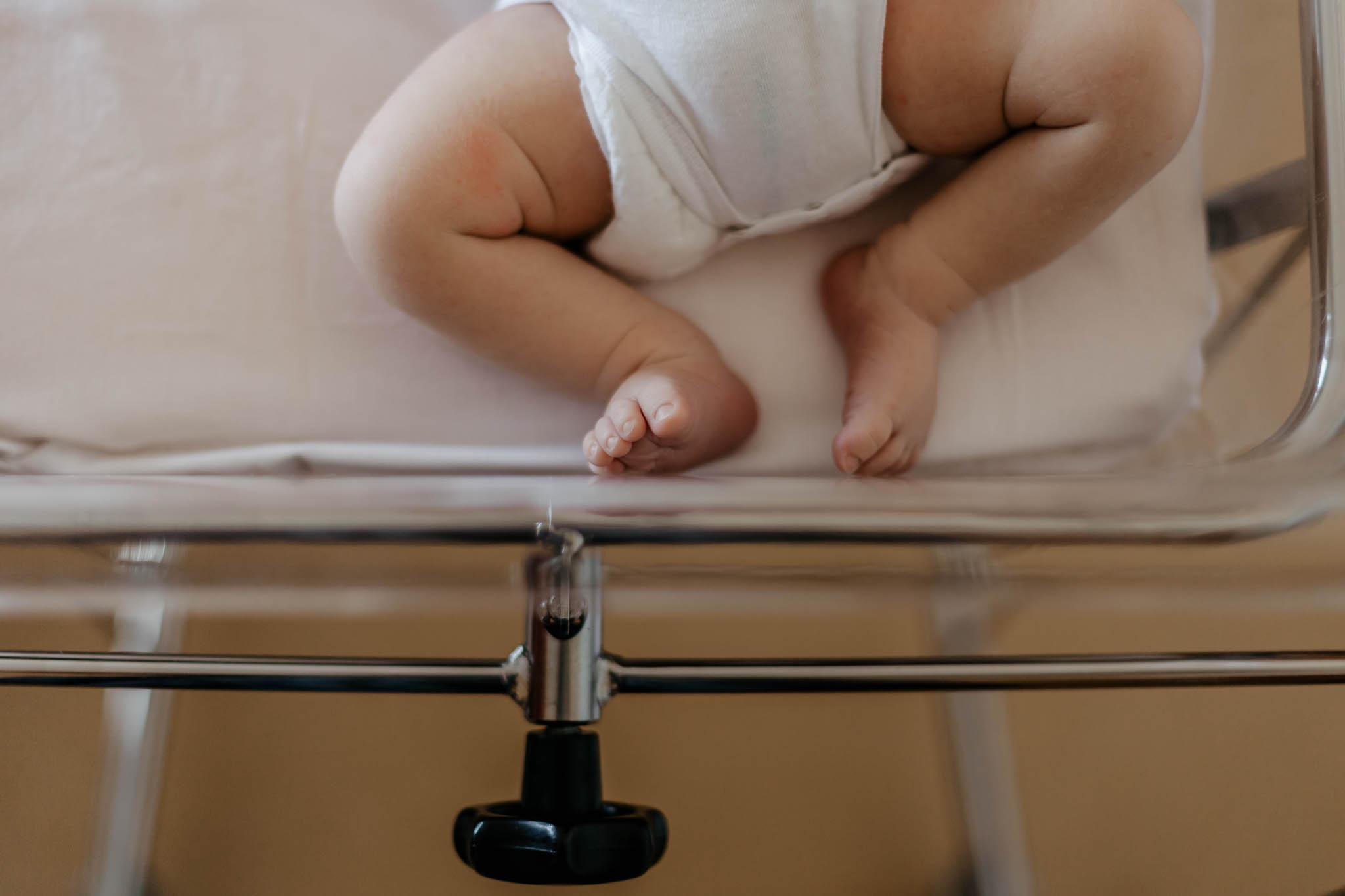chocolat-chaud-lifestyle-photographes-bébé maternite nouveau ne 25