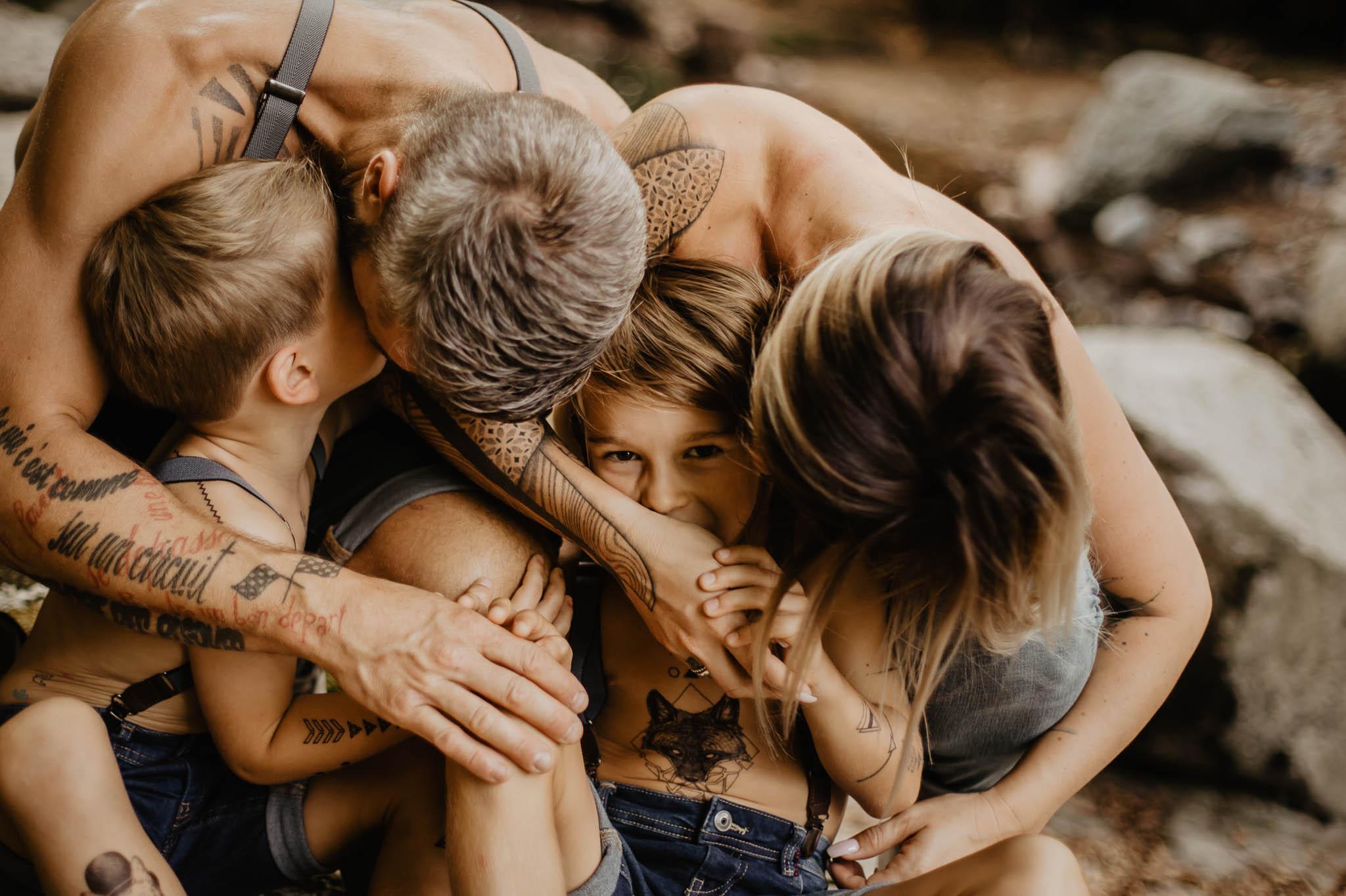 chocolat-chaud-lifestyle-photographes-famille tatouage rivière ingold 42